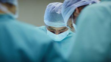 Photo of طبيب فلسطيني ينجح في امتحان الشهادة الطبية الأعلى في العالم