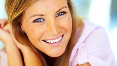 Photo of الابتسامة اللثوية: شكلها أسبابها و6 علاجات للتخلّص منها
