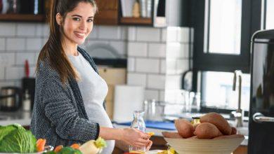 Photo of فوائد ومخاطر تناول البطاطا الحلوة أثناء الحمل