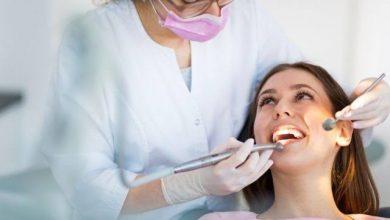 Photo of طبيبة أسنان تدعي إمكانية معرفة الحامل بفحص فمها فقط!